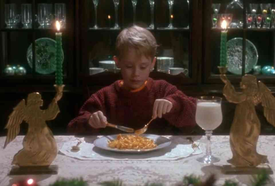 Kevin McAlistair, played by Macauley Culkin, as he eats his mac and cheese dinner